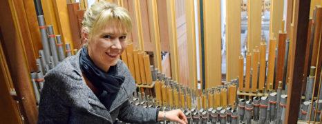 """Orgel wird  """"entstaubt"""""""