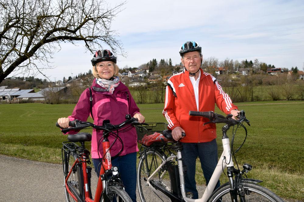 Rudolf Ebert und seine Lebensgefährtin Frieda Spörner erkunden gerne per Rad die Natur. Foto: am