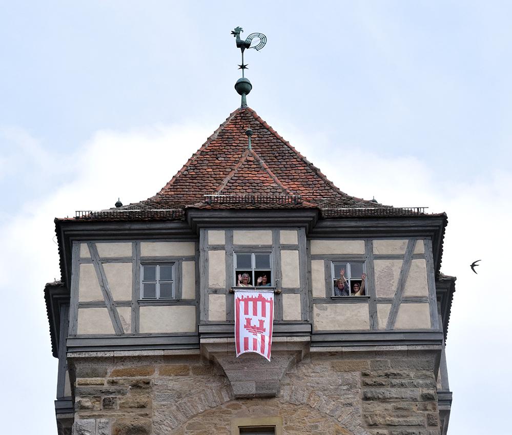 Wenn die Fahne auf dem Turm gehisst ist, dann ist er für Besucher geöffnet. Foto: am